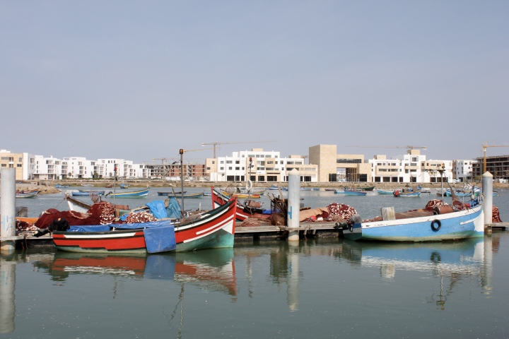 Rabat: Exploring theNeighbourhood