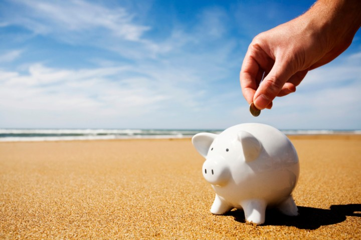 8 Tips on Managing MoneyAbroad